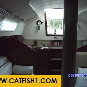 CaptLeo's Sailboat Cabin